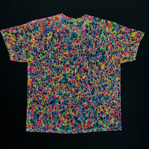 Size XL Rainbow Pebbles Splatter Pattern T-Shirt