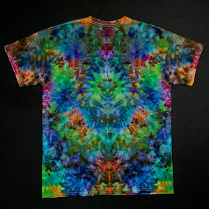Size Large Psychedelic Symmetry Ice Dye T-Shirt