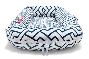 DockATot Deluxe Baby Lounger |  Love Links