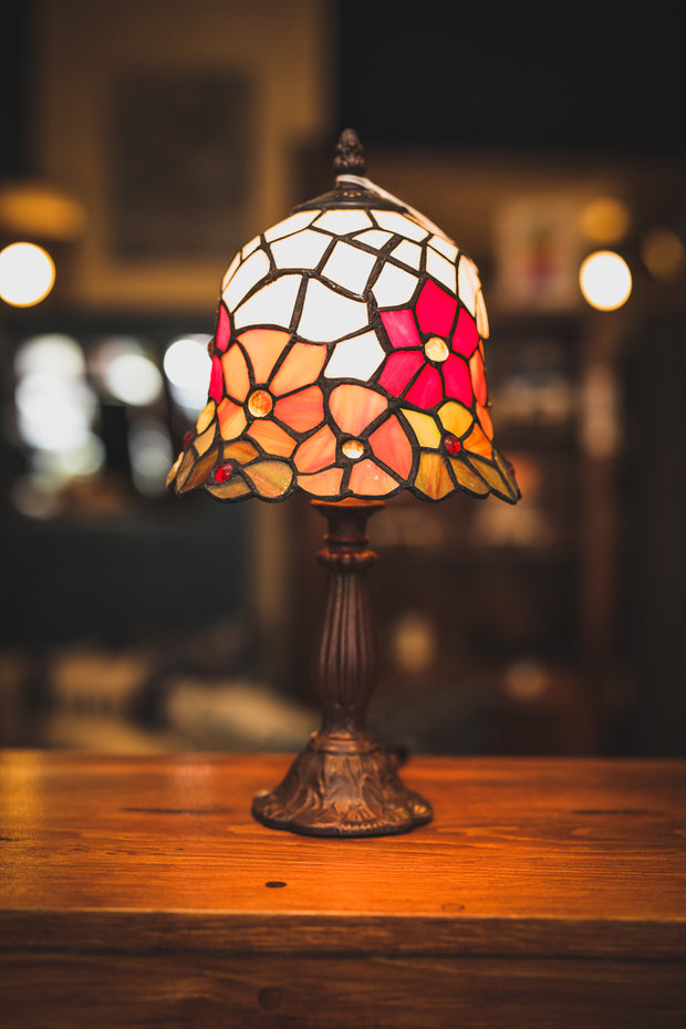 Leaded Glass Flowers Cast Metal Table Lamp