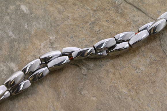 5X12mm Magnetic Hematite Silver Twist Mh32