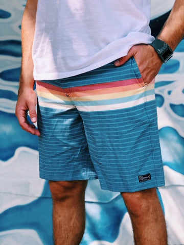 Nomad Men's Lines Retro Board shorts