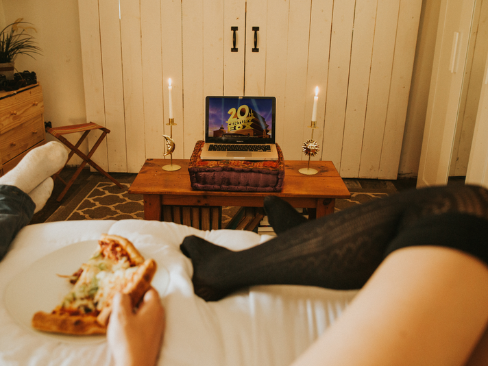 How to Plan the Perfect at-Home Date Night