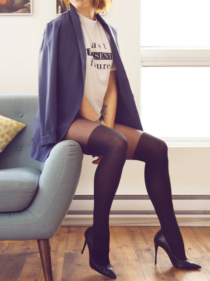 over-the-knee tights with blue blazer - collant cuissardes avec veston bleu