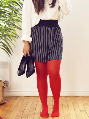 red tights with skirt and white blouse - collant rouge avec jupe et chemise blanche