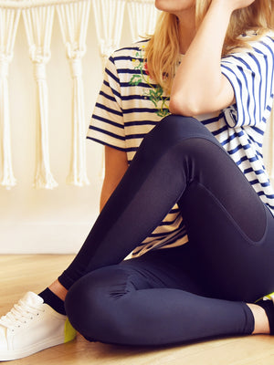 Legging with Mesh Insert on the Side with striped t-shirt - Legging avec bande résille avec t-shirt rayé