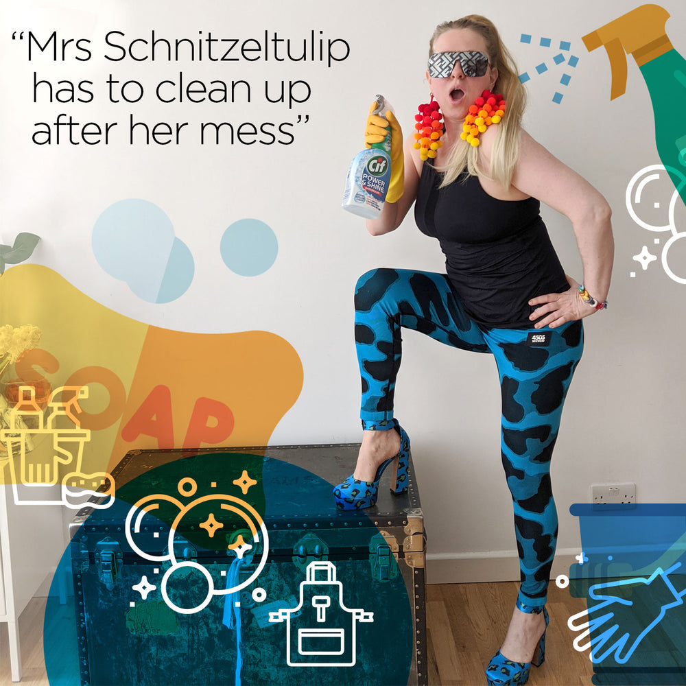 Mrs Schnitzeltulip has to Clean Up
