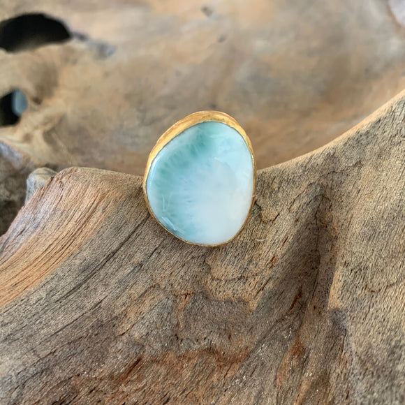 Larimar Ring in Gold