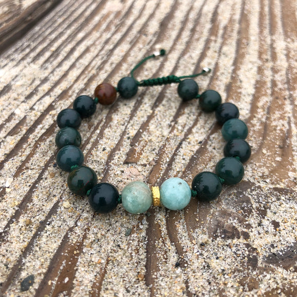 Bloodstone & Amazonite 8mm Adjustable Beaded Bracelet with Gold Accents