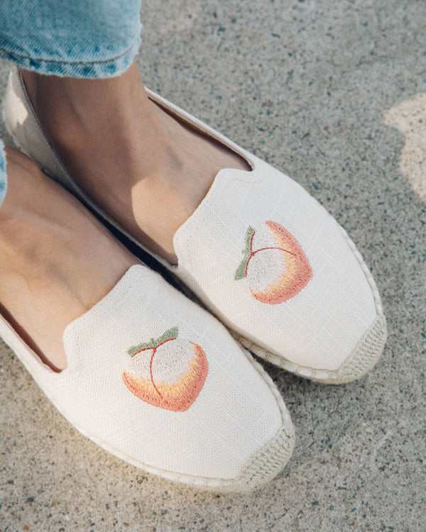 Peach Bum Smoking Slipper image