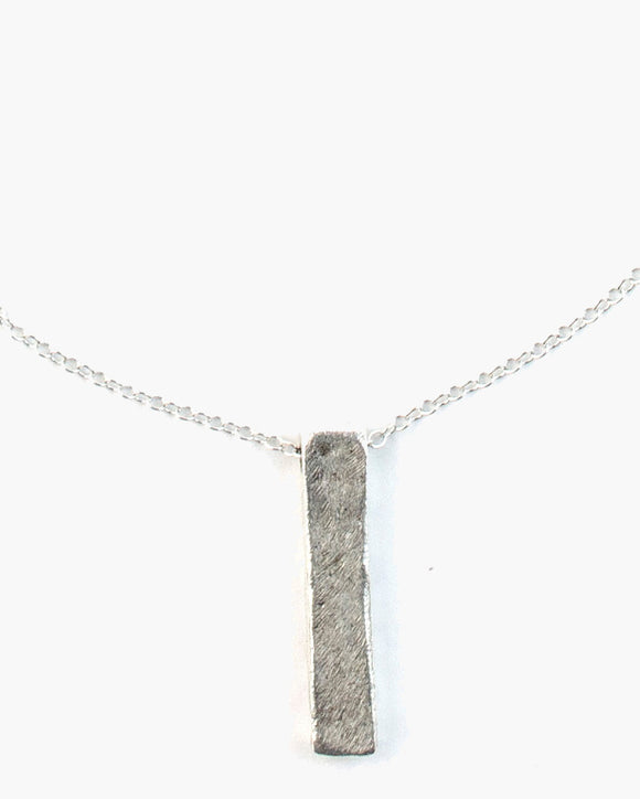 Musica Hammered Bar Necklace