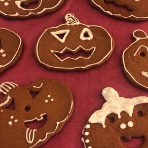Halloween gingerbread cookies - Friday 30th October