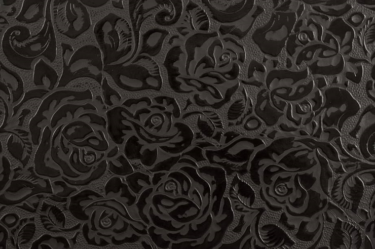 Sophie Classic Onyx Pattern Close-up