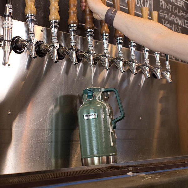 In the Spotlight : Stanley Beer Growler