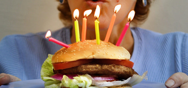 Burger Cake DiY For Kids Birthday Party During Lockdown