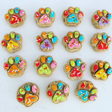 One Dozen Treat Box (Paw Print Shaped)
