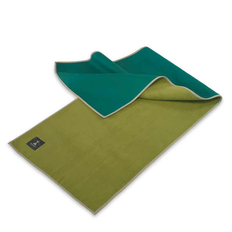 Cush Gummy Yoga Towel