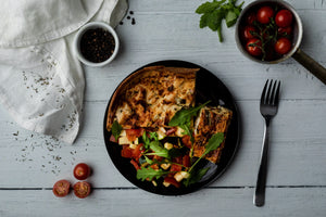 CHICKEN QUICHE & RUCOLA TOMATO SALAD