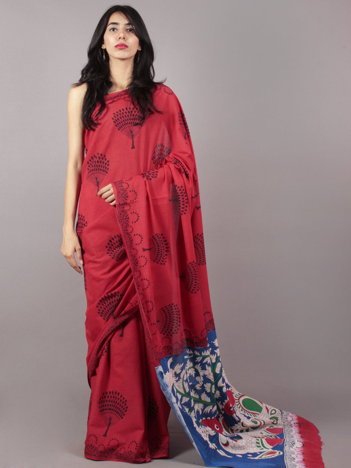 Scarlet Red Deep Indigo Hand Shibori Dyed Cotton Saree With Multi Color Kalamkari Printed Pallu - S031701708