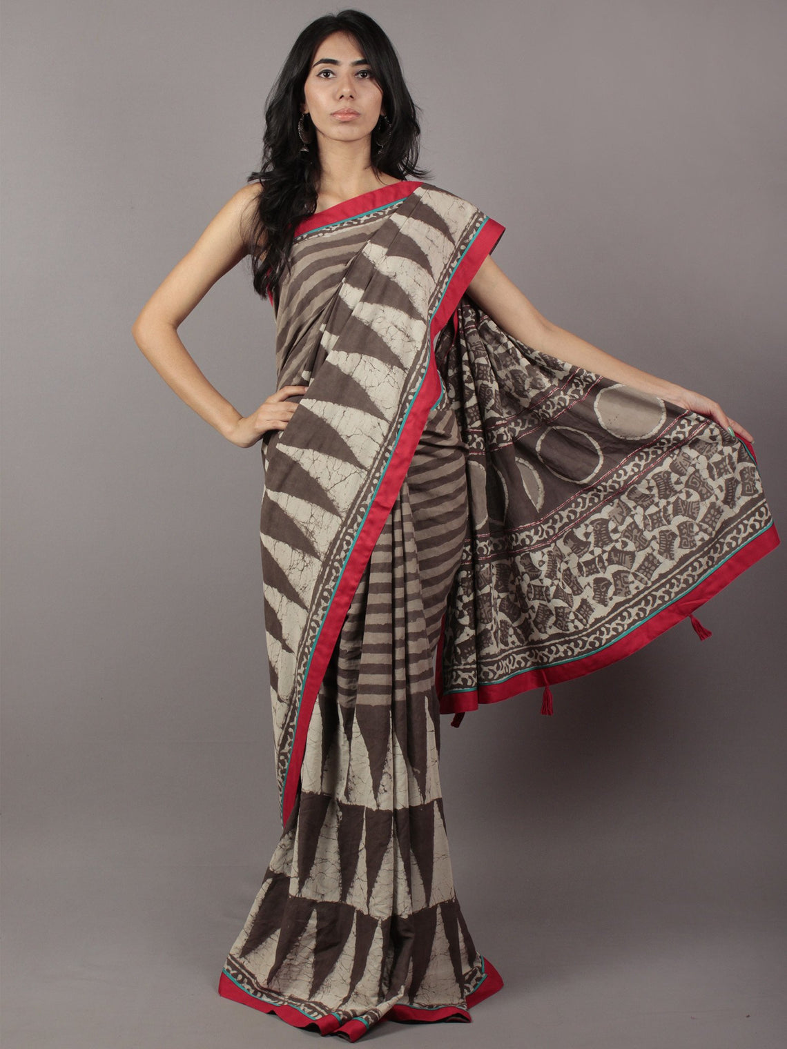 Kashish Ivory Hand Block Printed & Thread Embroidered Cotton Saree With Red & Sea Green Border & Tassels - S031701773