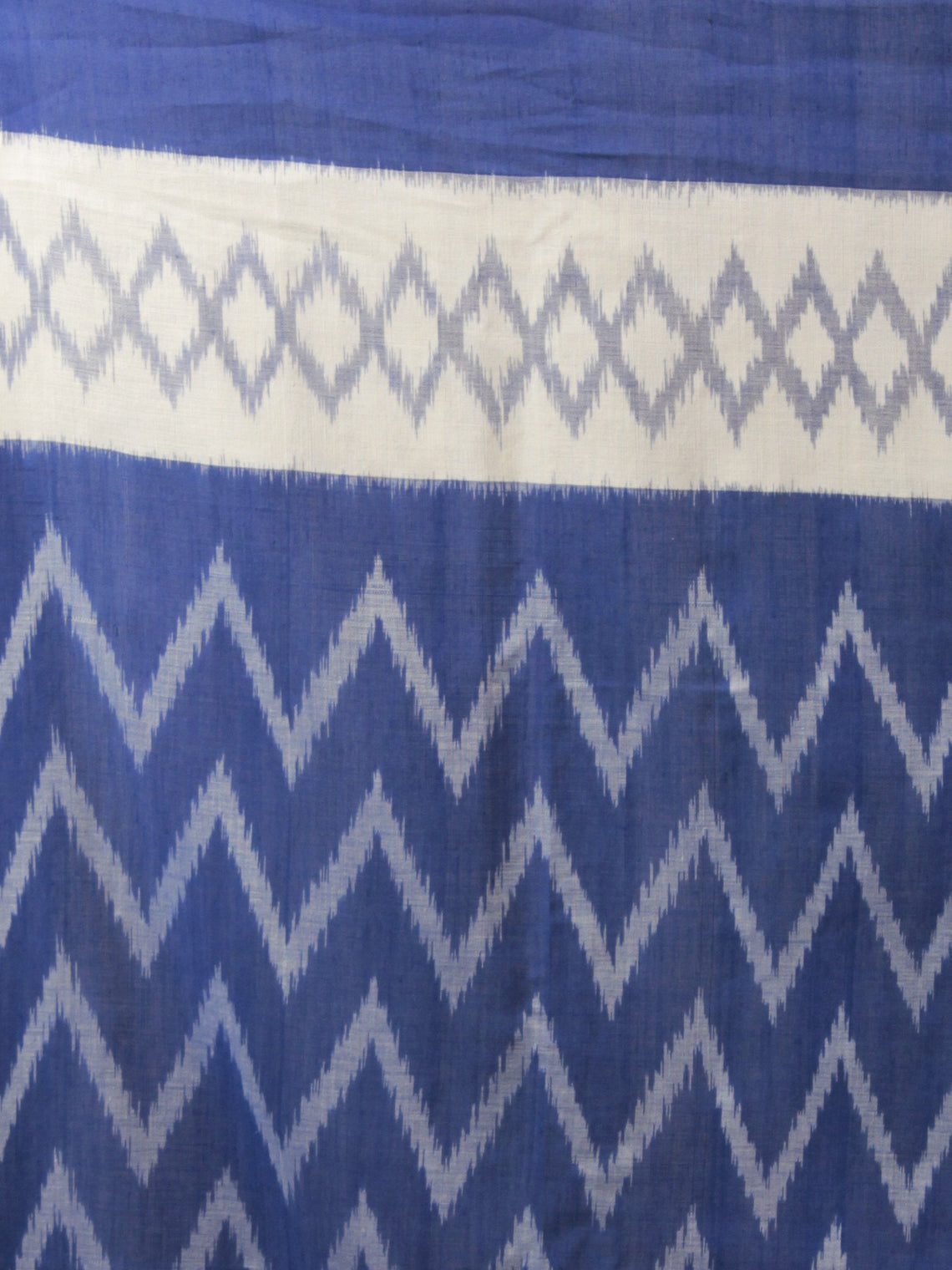 Royal Blue Ivory Ikat Handwoven Pochampally Mercerized Cotton Saree - S031702044