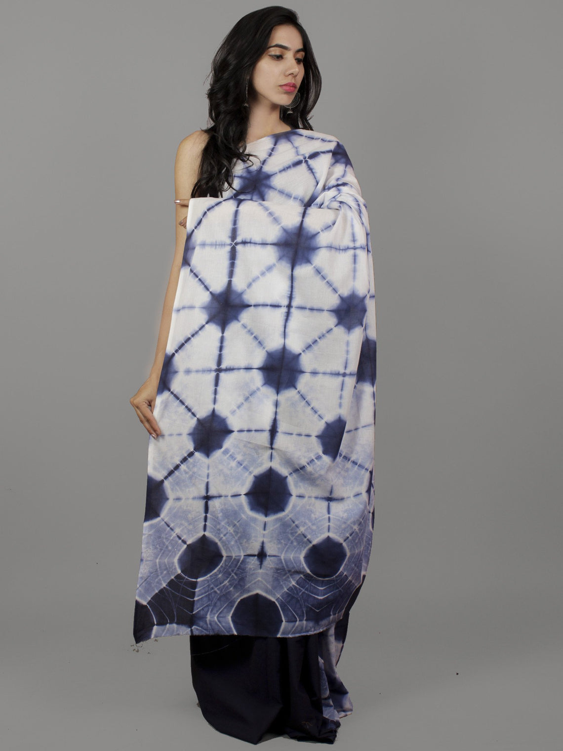 Indigo White Natural Color Dyed Hand Clamped Cotton Shibori Saree - S031701771