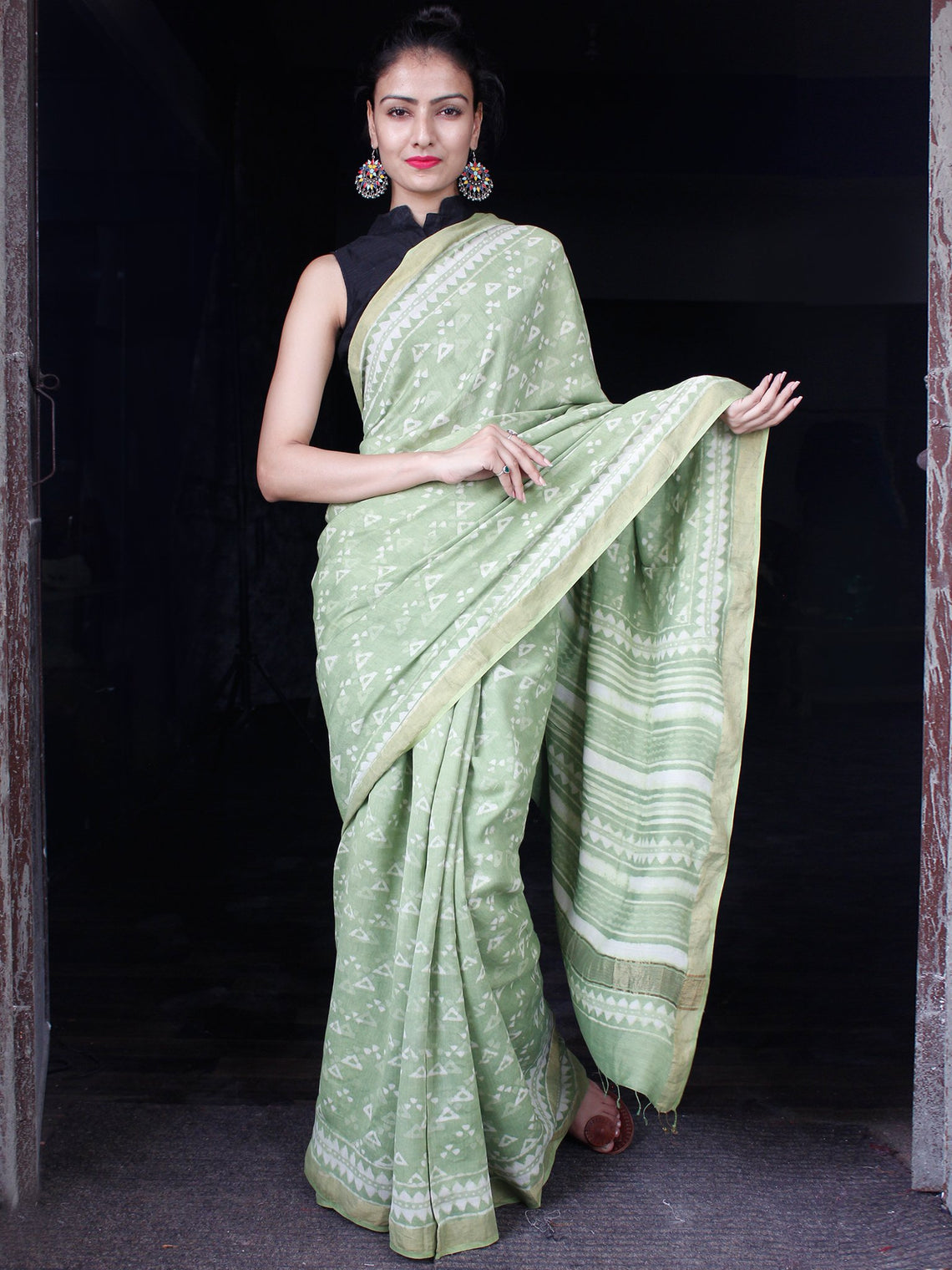 Pistachio Green White Hand Block Printed Handwoven Linen Saree With Zari Border - S031703592