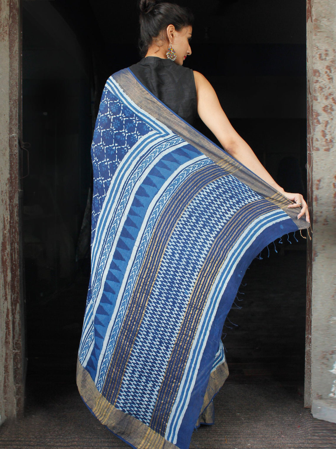 Indigo White Hand Block Printed Handwoven Linen Saree With Zari Border - S031703594