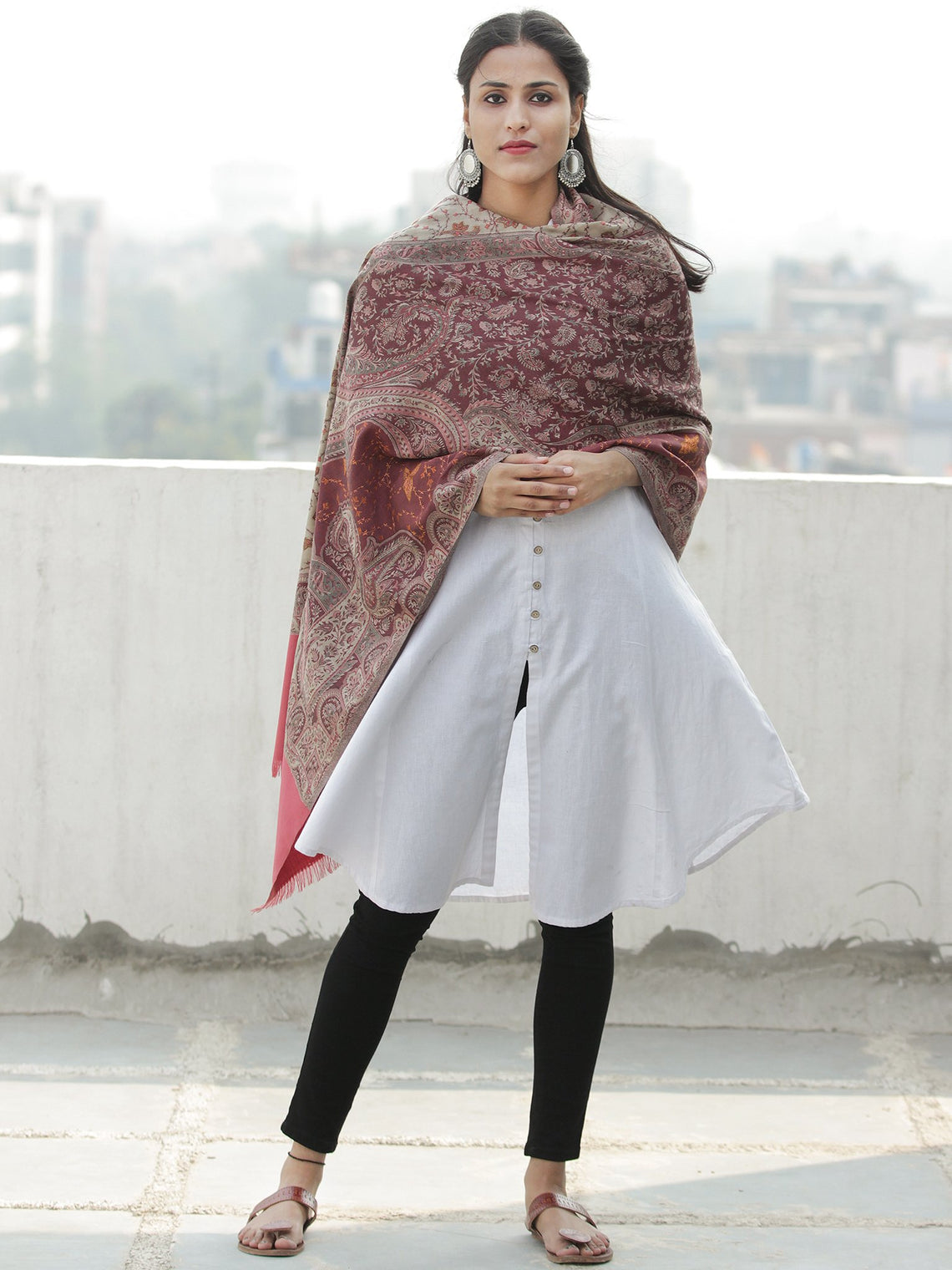 Grey Maroon Jacouard Jamawar Needle Embroidered Woollen Kashmiri Stole - S200590