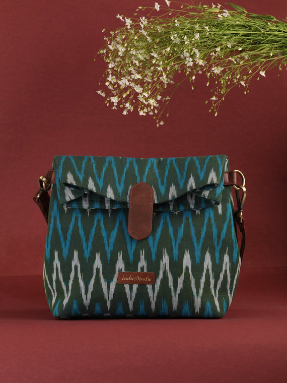 Green Fold Over Ikat Hand Bag - B0501