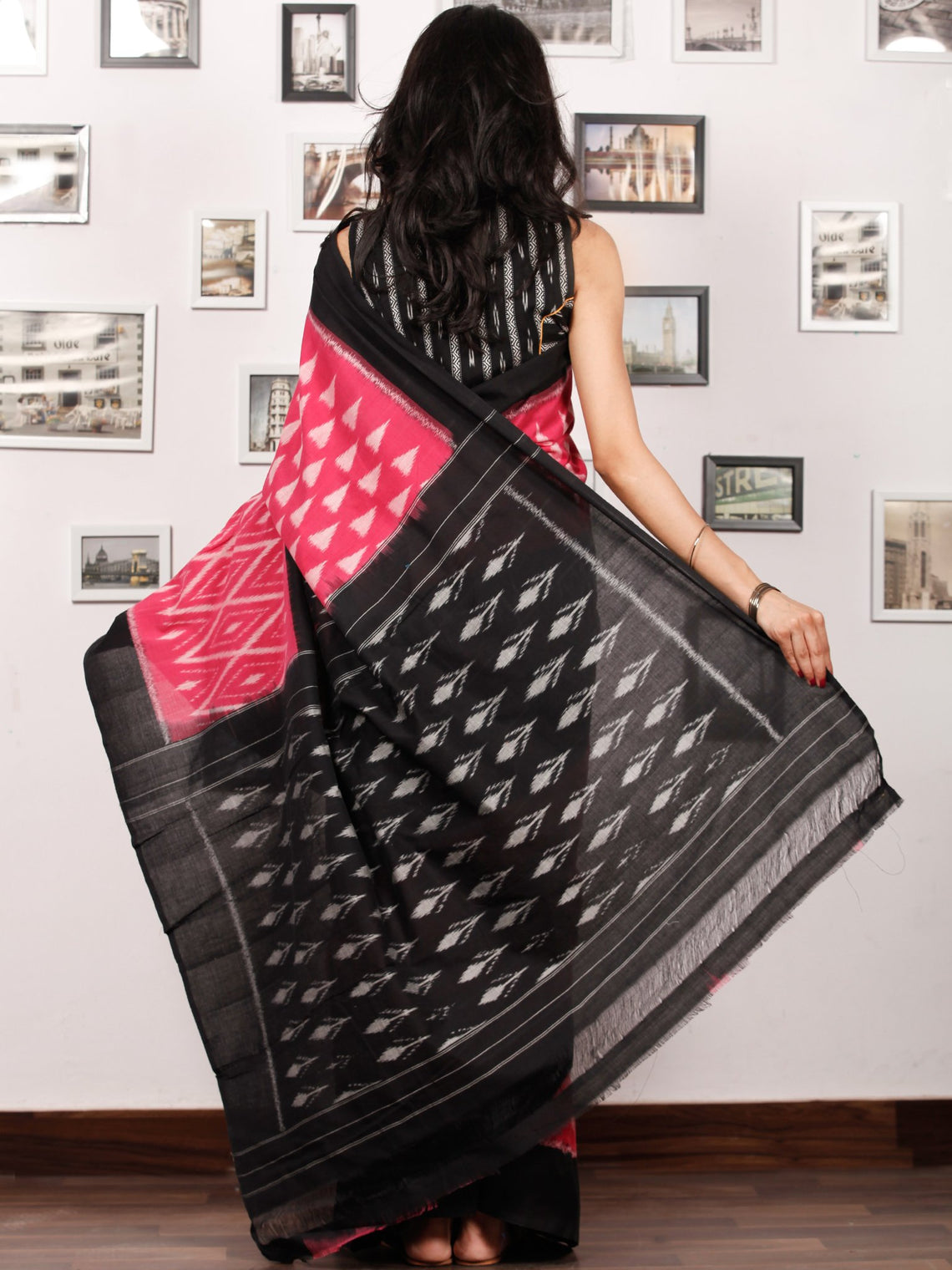 Black Pink Grey Ikat Handwoven Pochampally Mercerized Cotton Saree - S031703395