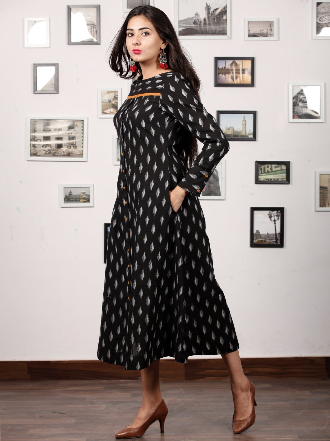 Black MAGIC - Handwoven Ikat Midi Dress - D326F737