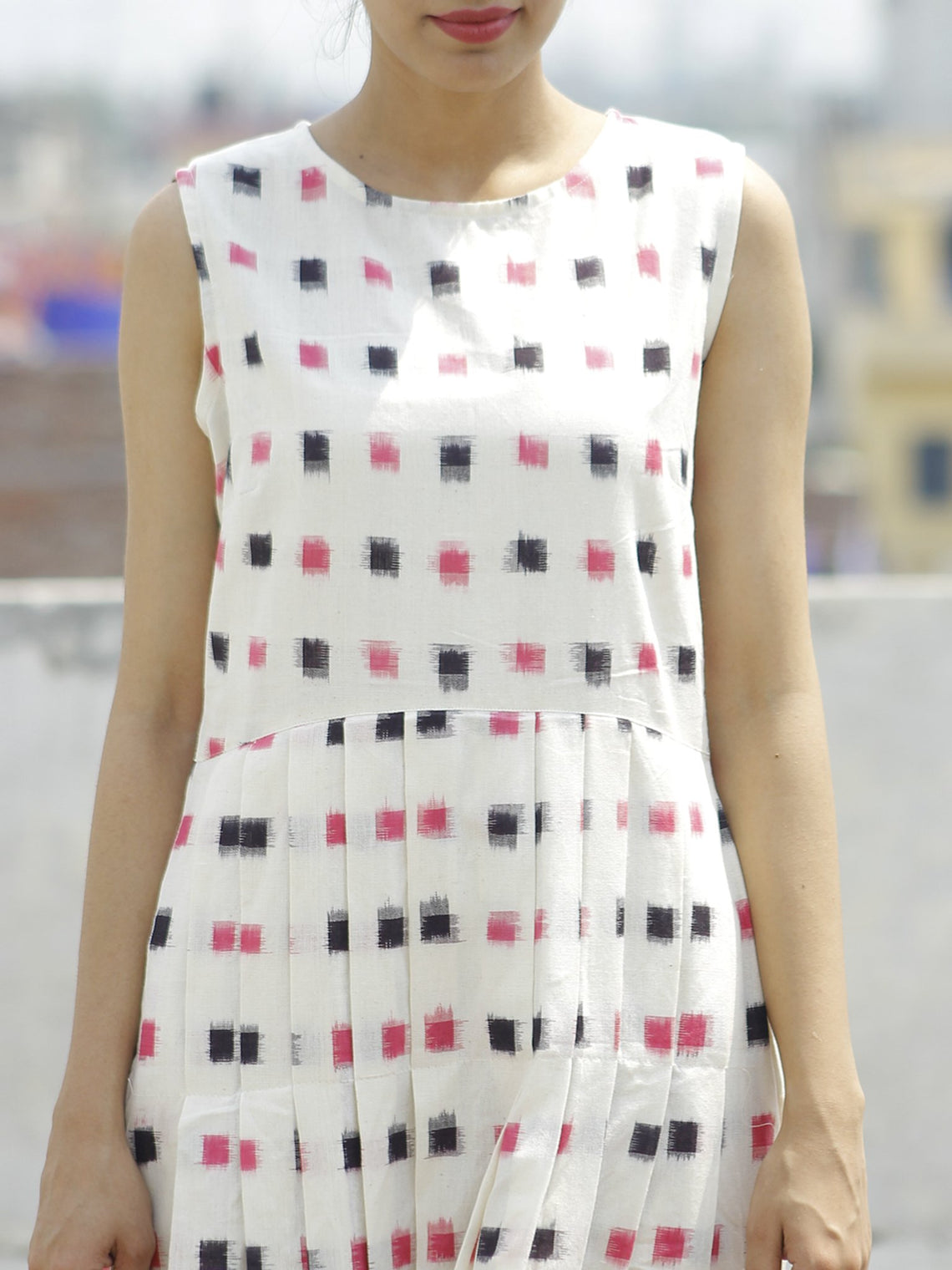 Ivory Pink Black Long Sleeveless Handwoven Double Ikat Dress With Knife Pleats & Side Pockets - D32F797