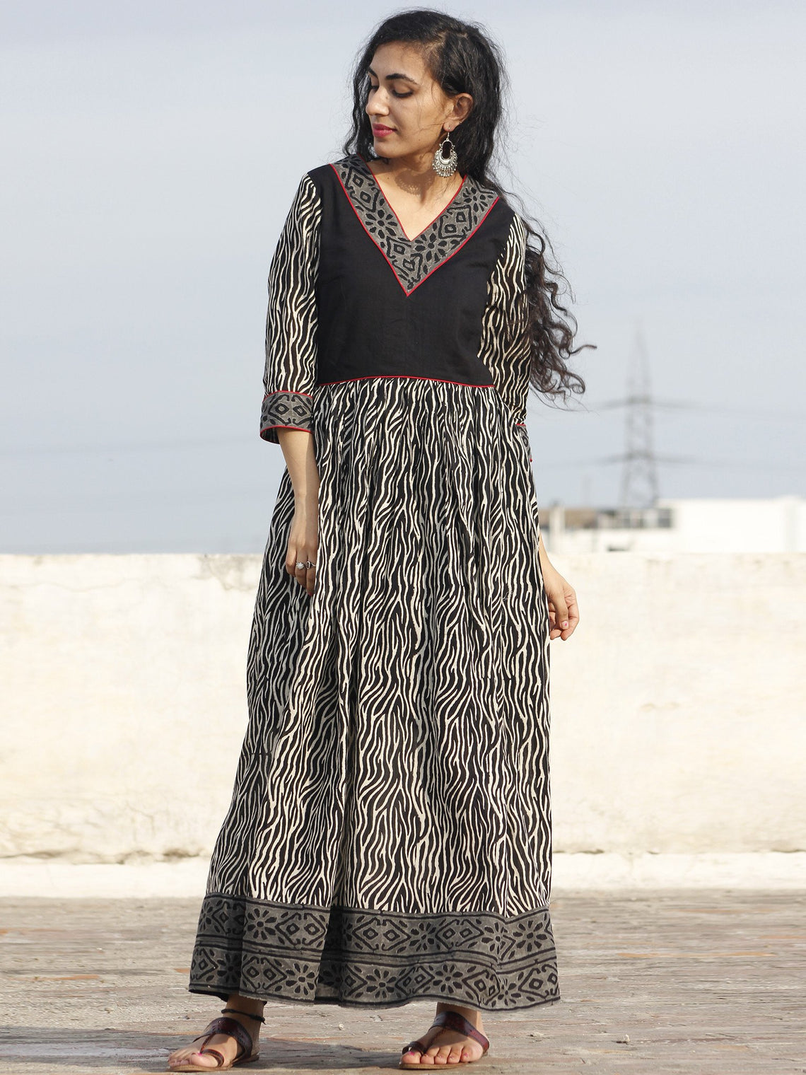 Naaz Nisha - Black Ivory Grey Maroon Hand Block Printed Dress With Gathers -  DS31F001