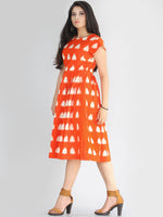 Mahrosh - Handwoven Double Ikat Pleated Dress With Side Pockets - D65F2282
