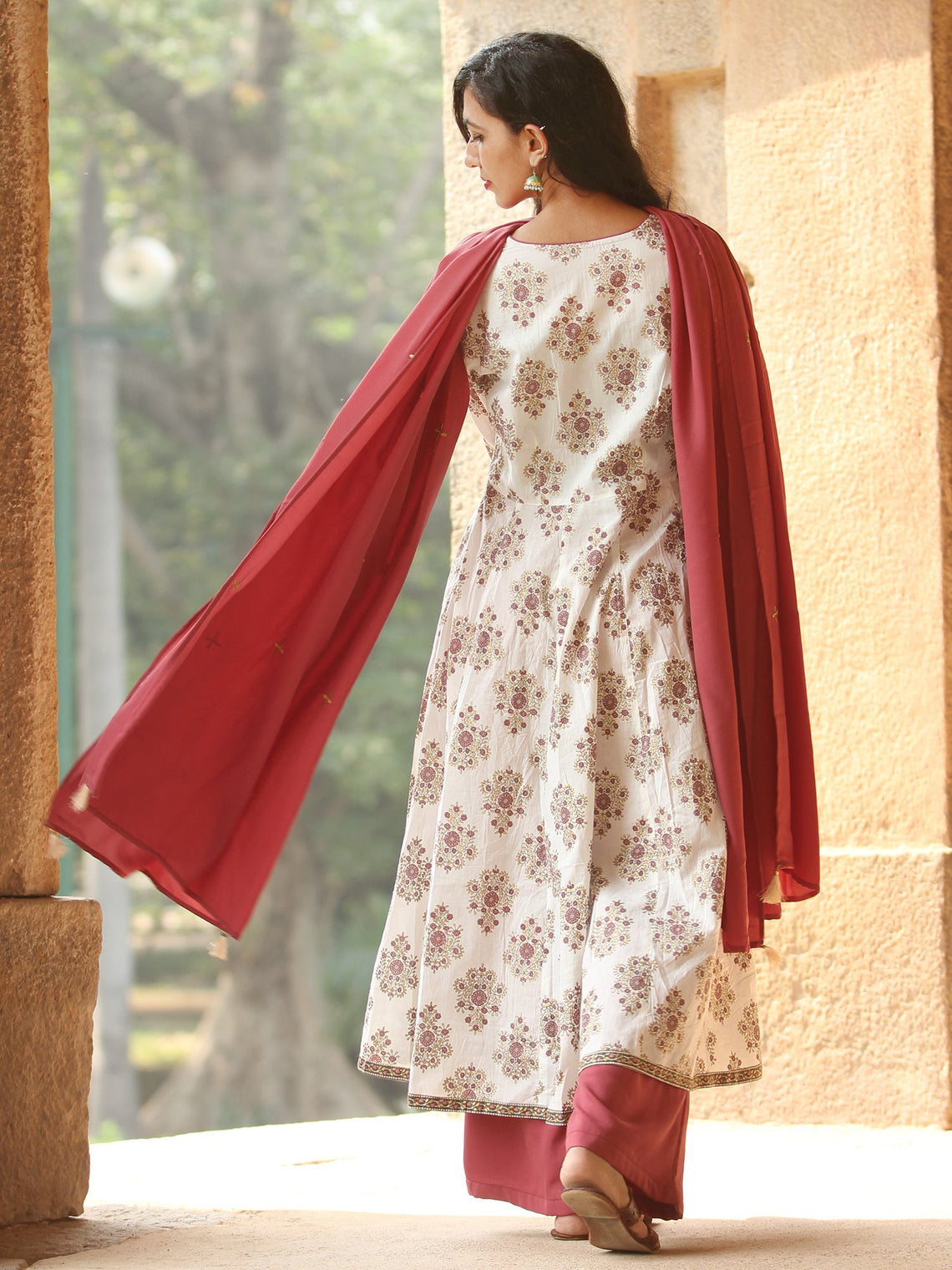 Elegant Golden Butta - Block Printed Kurta Set With Dupatta - SS01F1888