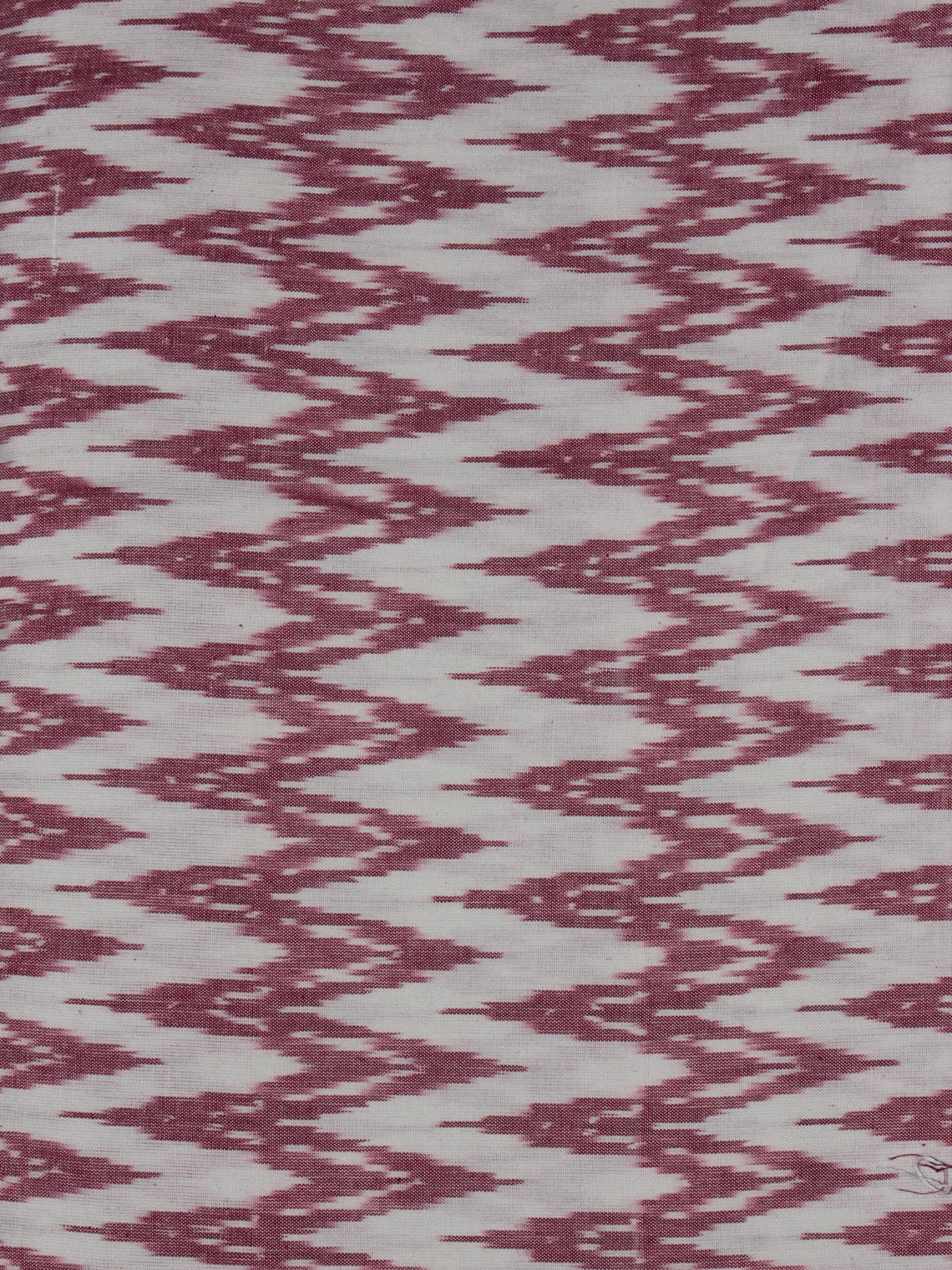 Ivory Light Purple Pochampally Hand Weaved Ikat Fabric Per Meter - F0916722