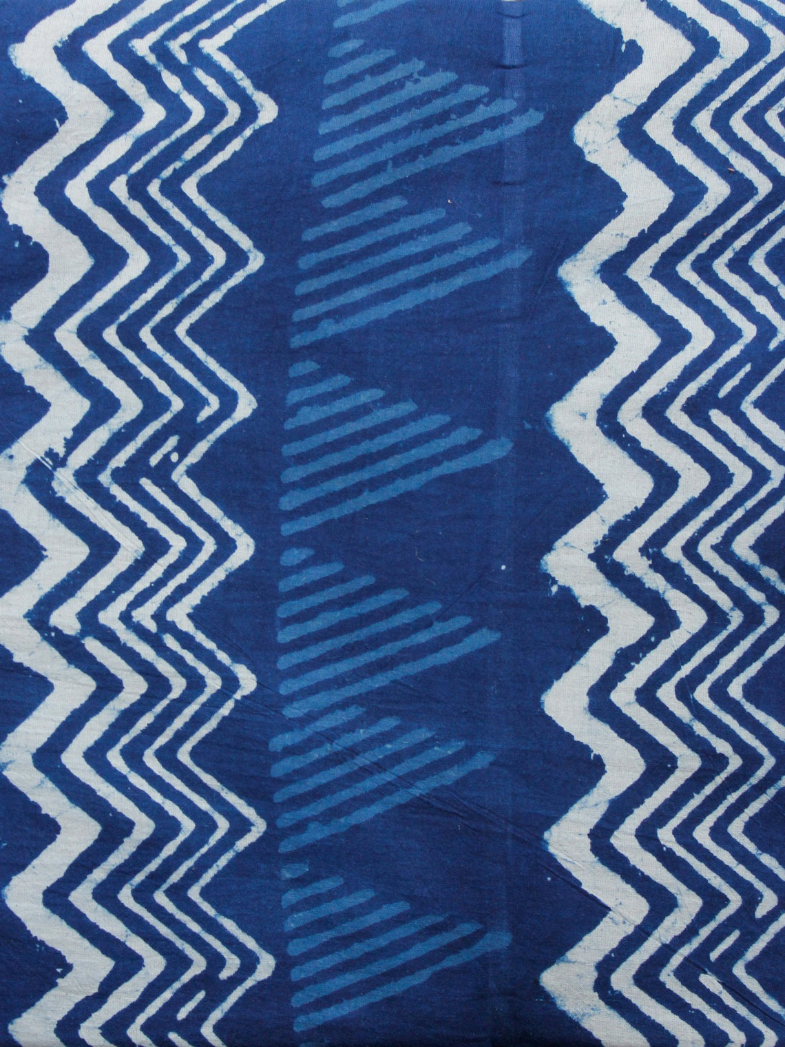 Indigo White Hand Block Printed Cotton Fabric Per Meter - F001F1557