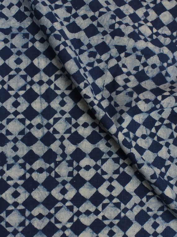 Indigo White Hand Block Printed Cotton Cambric Fabric Per Meter - F0916010