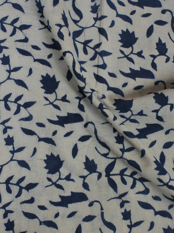 Indigo White Hand Block Printed Cotton  Cambric Fabric Per Meter - F0916012