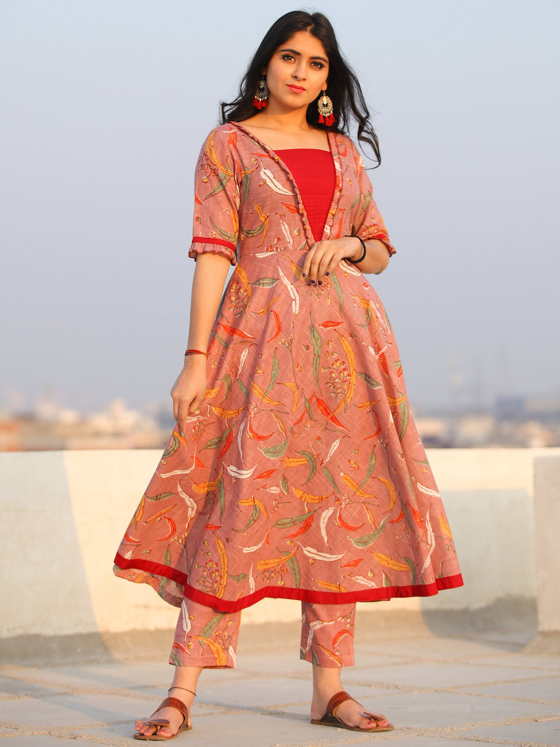 Raas Raha - Set of Flared  Kurta & Pants  - KS90E2379