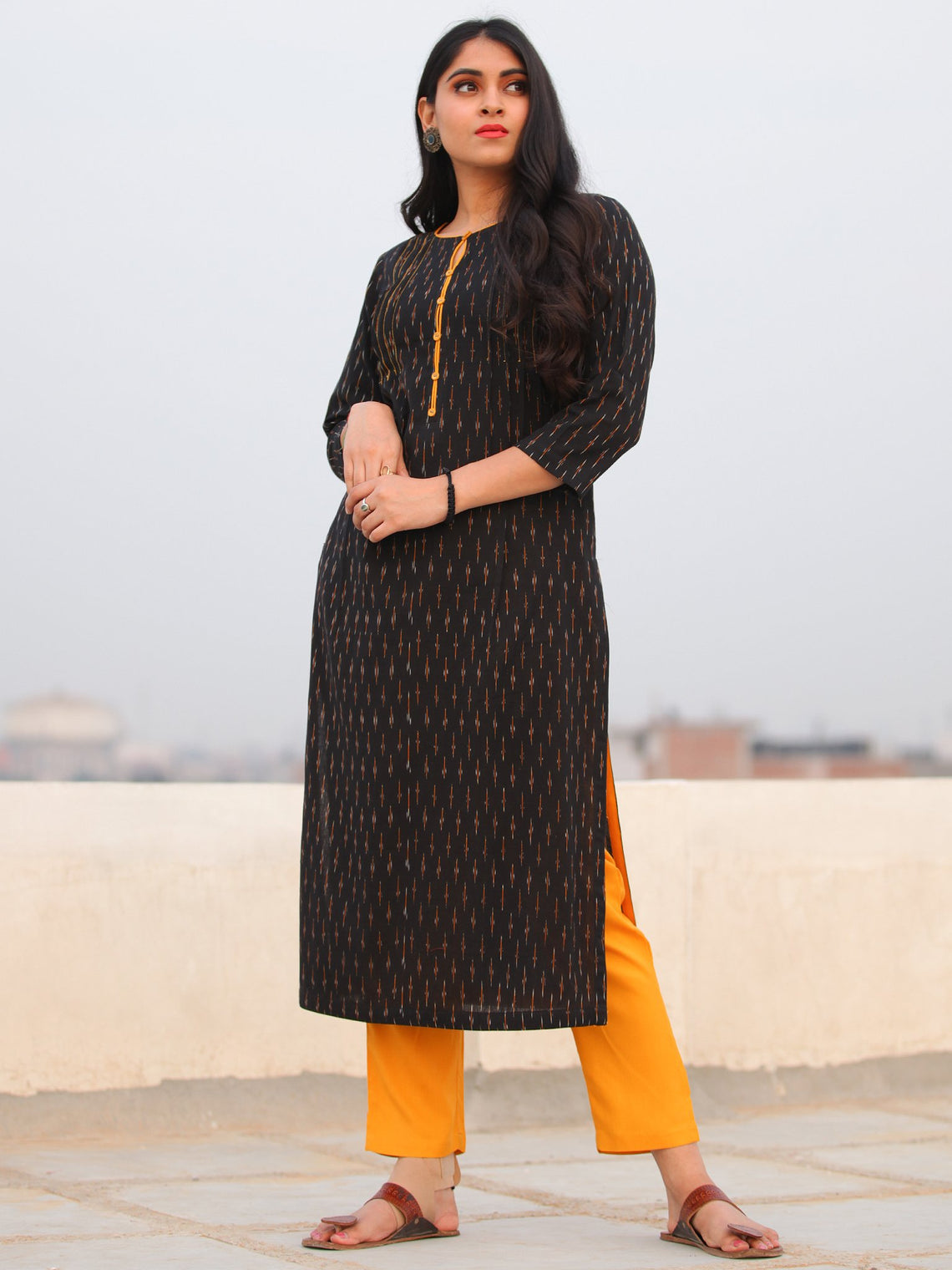 Tagai Aiyla- Set of Ikat Kurta & Pants  - KS46E667