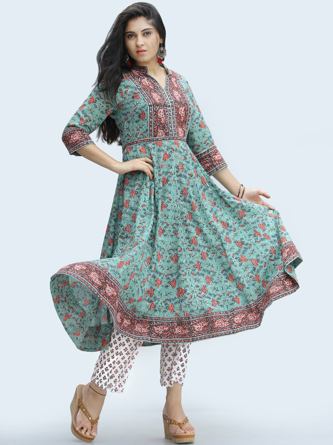 Rangrez Farhat - Set of Anarkali Kurta Palazzo & Dupatta - KS25D2328D