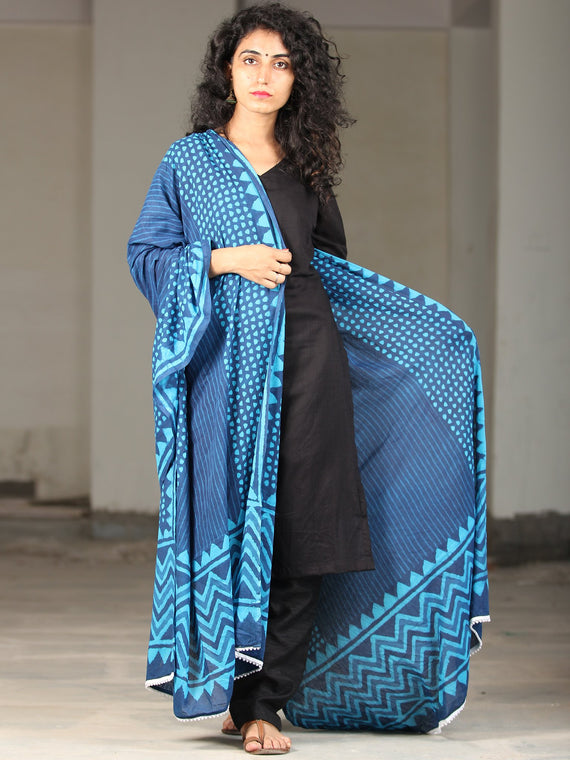 Indigo Sky Blue Handloom Cotton Hand Block Printed Dupatta With Lace - D04170395