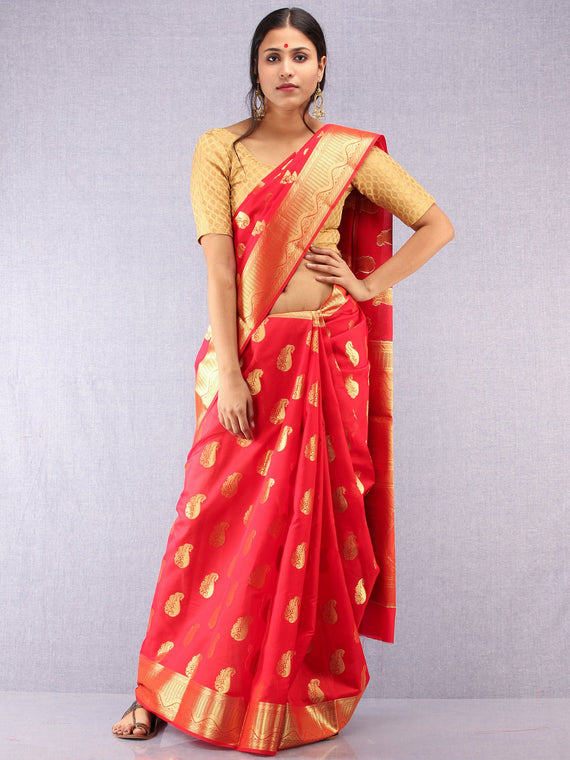 Banarasee Semi Silk Saree With Zari Work - Red & Gold - S031704374