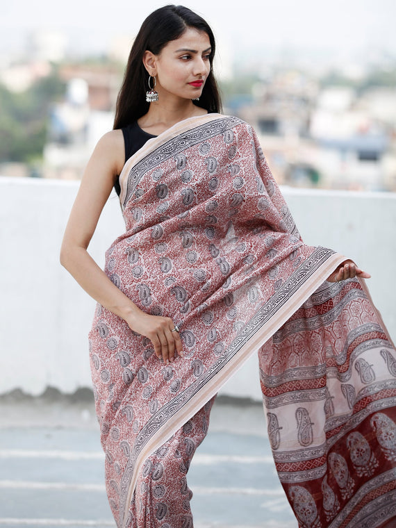 Light Beige Maroon Black Bagh Hand Block Printed Maheswari Silk Saree - S031703845