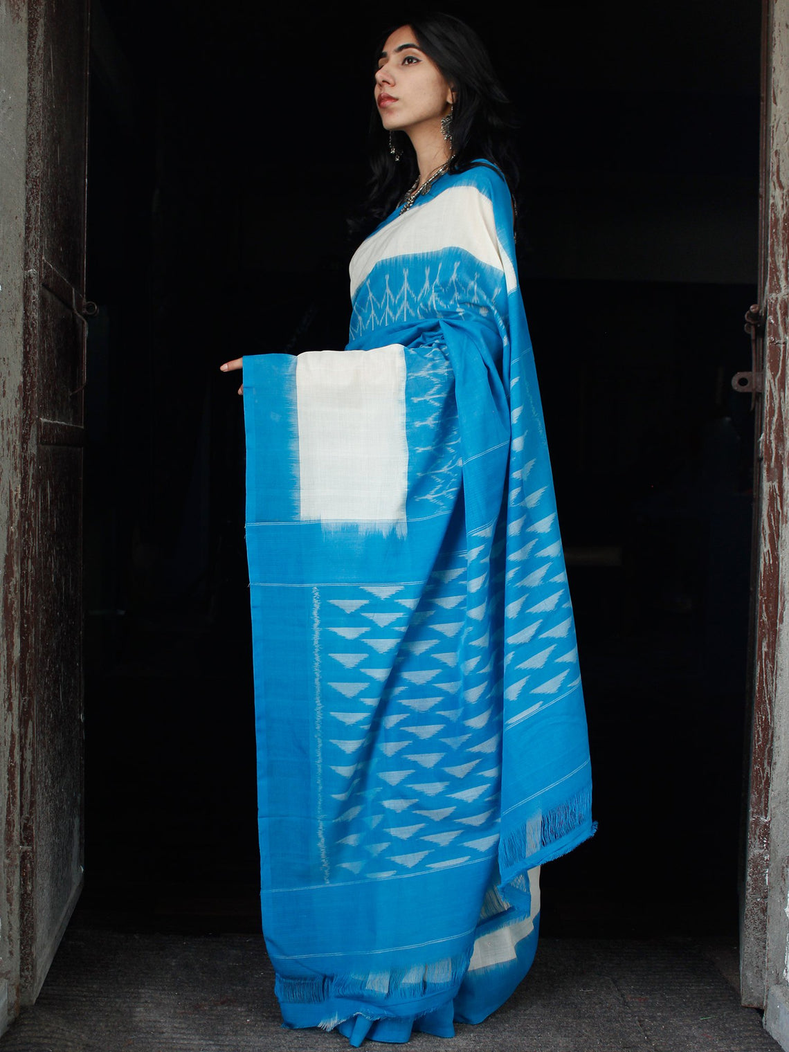 Sky Blue White Ikat Handwoven Mercerised Cotton Saree - S031703535