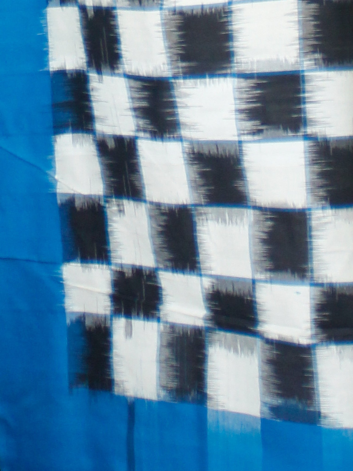 Midnight Blue Off White Double Ikat Handwoven Mercerised Cotton Saree - S031703541
