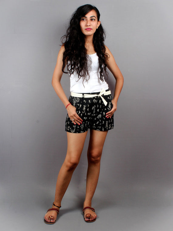 Black Hand Block Printed Shorts With Belt -S5296029