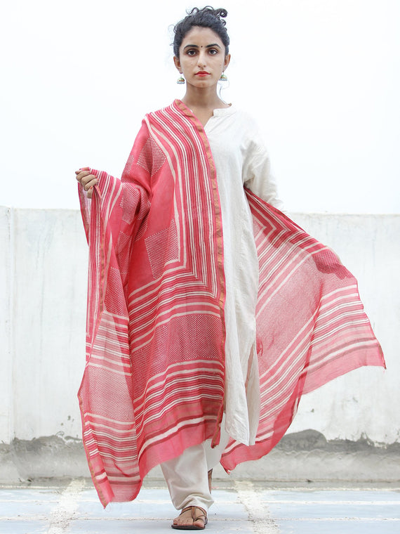 Pink Red White Hand Block Printed Dupatta - D04170347